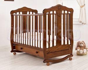 Детская кроватка Гандылян Доминик (колесо-качалка)