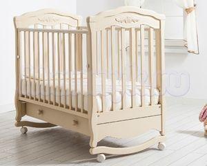 Детская кроватка Гандылян Шарлотта (колесо-качалка)
