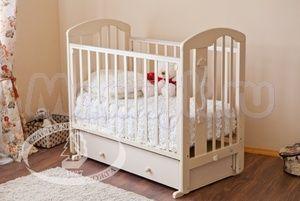 Детская кроватка с поперечным маятником Красная звезда Можга Агата С 719