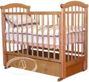 Детская кроватка с поперечным маятником Красная звезда Можга Ирина С 625